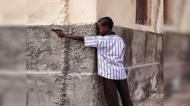 """Amnistía Internacional denuncia """"crímenes de guerra"""" contra los menores somalíes"""