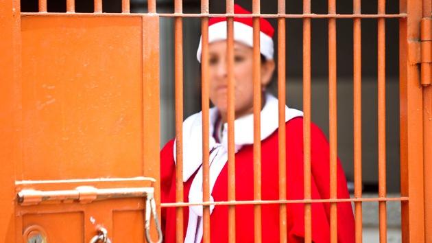 EE.UU.: Una mujer pasará cinco navidades en la cárcel por 'ayudar' a indocumentados