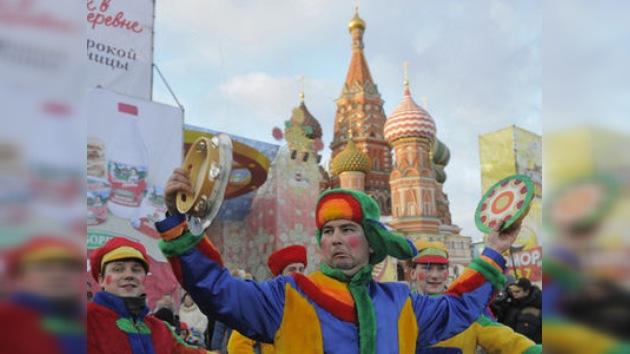 Rusia celebra una semana de Máslenitsa, la fiesta de la primavera