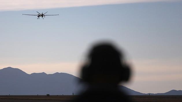 EE.UU. aumenta la cantidad de 'drones' y de agentes en la frontera con México