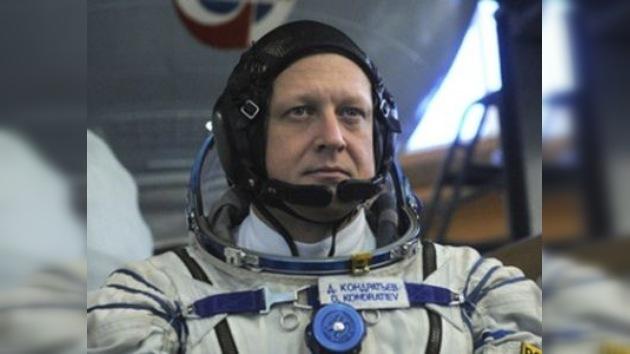 El nuevo comandante de la EEI es el cosmonauta ruso Dmitri Kondrátiev