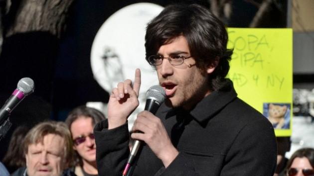 EE.UU. retira los cargos contra el activista Aaron Swartz días después de su suicidio