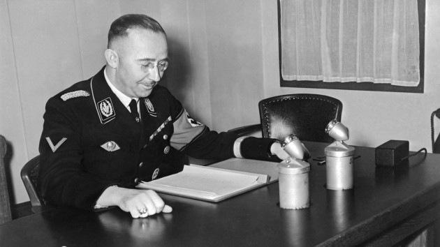 """Carta inédita de Himmler: """"Si Hitler me pidiera asesinar a mi madre, lo haría"""""""
