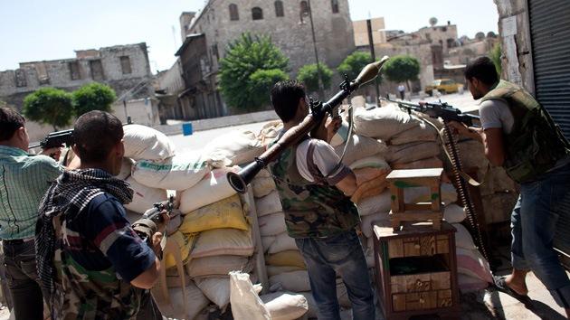 Rebeldes sirios mantienen sitiados a miles de cristianos