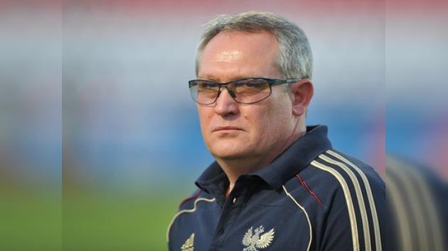 Se acabó el misterio: el Anzhí anuncia a Krasnozhán como nuevo técnico