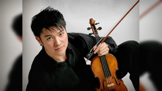 Interpretan a Paganini en memoria de los fallecidos en el metro
