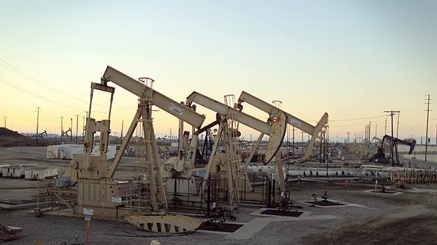 ¿Podría Occidente castigar a Rusia desplomando el precio del petróleo?