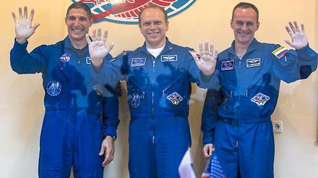 La tensión de la política no pesa en el espacio: Rusia y EE.UU. sí se dan la mano en la EEI