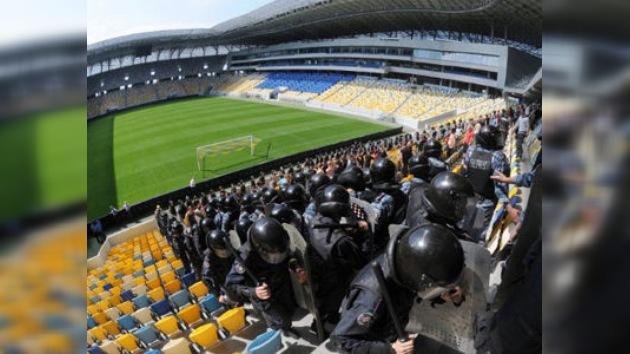 La política pone en peligro la Eurocopa 2012