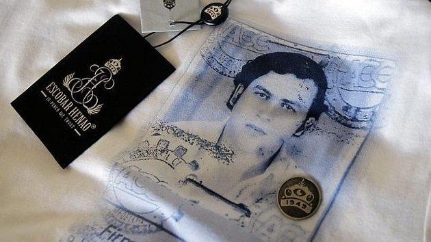 El temido narcotraficante Pablo Escobar resucita en una colección de camisetas