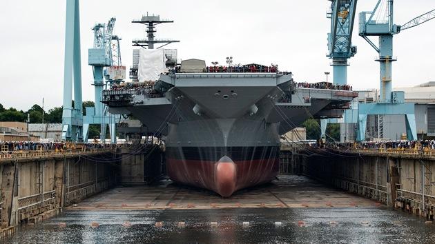 La Armada de EE.UU. se refuerza con grandes 'ciudades flotantes'