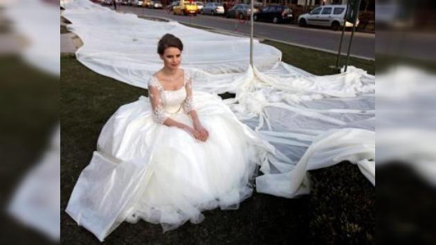 El vestido de boda más largo del mundo mide casi tres kilómetros