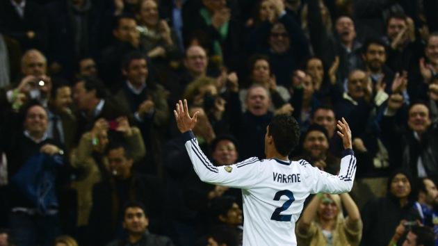 Varane, héroe del primer Real Madrid-Barcelona del año