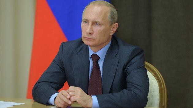 """Medios de EE.UU.: """"Putin es más sabio que Obama y McCain"""""""