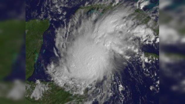 Huracanes en la costa: 'Rina' ya amenaza la península de Yucatán