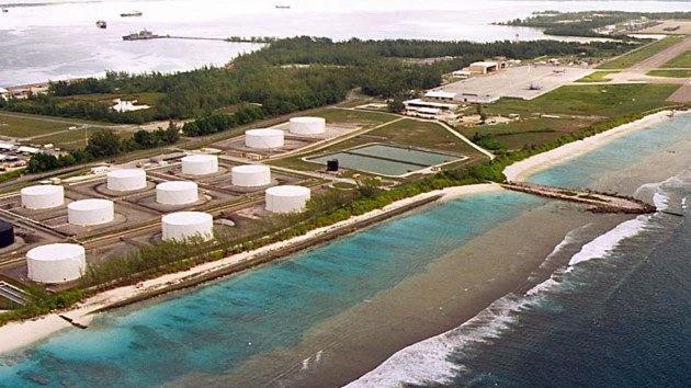 Armada de EE.UU. echó toneladas de desechos a las aguas más prístinas de la Tierra