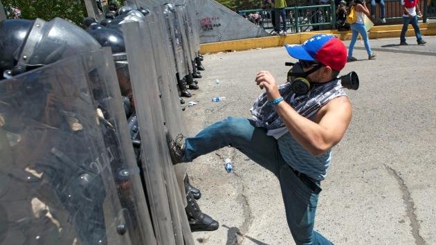 Cabello advierte de los intentos de la derecha de 'exportar' golpes de Estado en la región