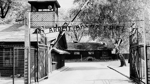 Detienen a un ex guardia de Auschwitz de 93 años por complicidad en el holocausto judío