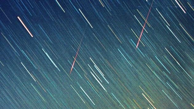 Captan una impresionante imagen del cometa Jacques aproximándose a la Tierra