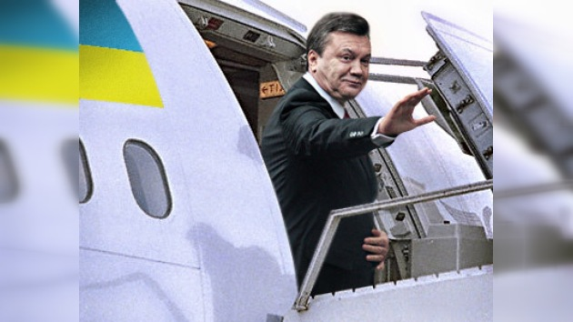 El nuevo presidente ucraniano, Víktor Yanukóvich, visita Moscú