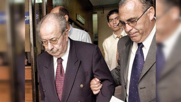 Justicia chilena ordena exhumar restos de Salvador Allende