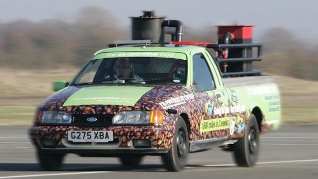 Video: El café 'despierta' a un coche para llevarlo a una velocidad récord