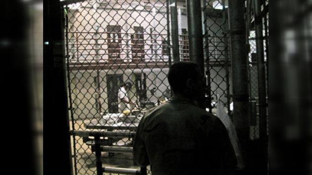 Los presos 'celebran' el noveno aniversario de Guantánamo con protestas
