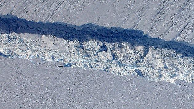 Un enorme iceberg en la Antártida podría impedir la navegación