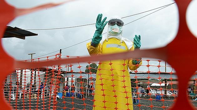¿Está el ébola mutando para hacerse aún más peligroso?
