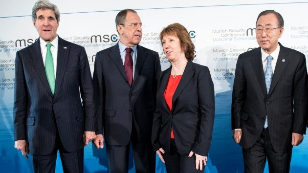 EE.UU. ofrece a Rusia un formato regional adicional a las conversaciones de Ginebra 2