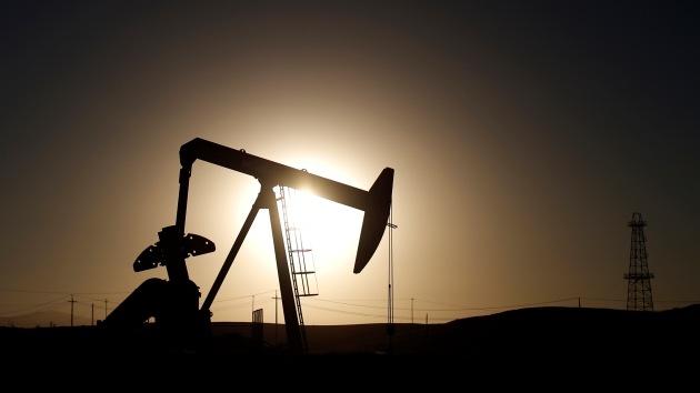 """""""Hundiendo el precio del petróleo EE.UU. arruina sus propios proyectos de esquisto"""""""