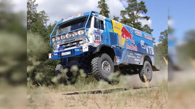 Kamaz Master sigue imparable en el rally Ruta de la Seda