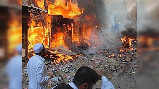 Un ataque suicida en Pakistán causa la muerte de 70 personas