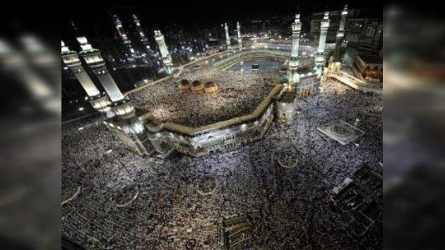 El Hajj da comienzo con una oración colectiva en La Meca