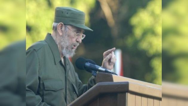 Fidel Castro intervino ante estudiantes