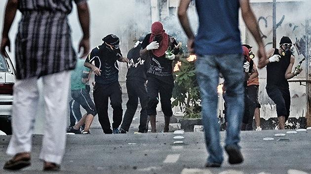 Bahréin: Choques con la Policía tras el funeral de joven chiita dejan varios heridos