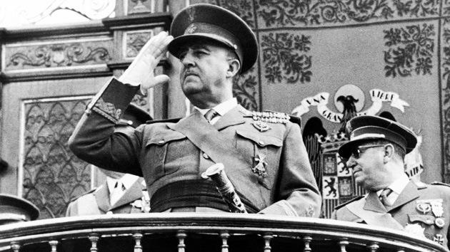 Un homenaje a Franco 'sobrevuela' Madrid y pone en guardia a la izquierda española