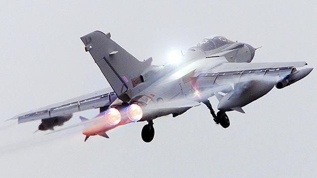 Reino Unido ensaya por primera vez un avión caza con piezas impresas en 3D