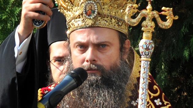 Un clérigo búlgaro trata de vender sin éxito su Rolex para pagar la luz