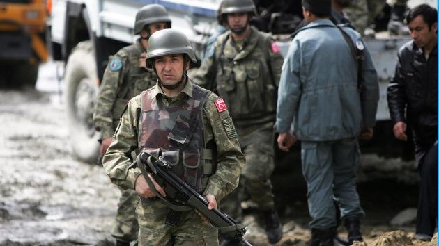 Fuerzas militares turcas entran en Siria