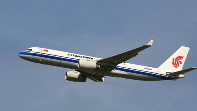 Completan las primeras pruebas del Tu-204 adaptado para ser un laboratorio aéreo chino