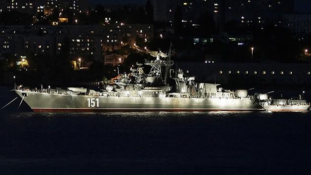 El gran buque ruso Azov se dirige a Siria