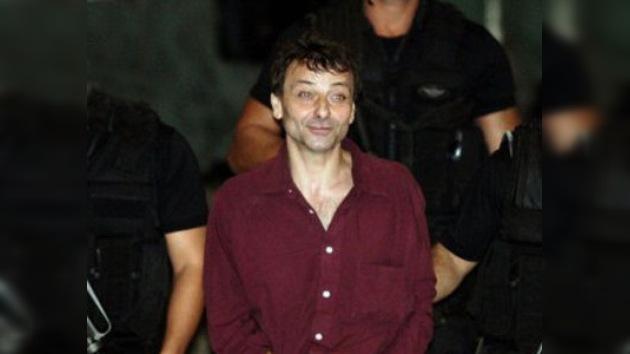 Italia está indignada por los resultados del caso Battisti en Brasil