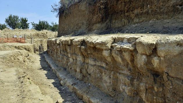 Descubren en Grecia una tumba gigante 'sin dueño' de la época de Alejandro Magno