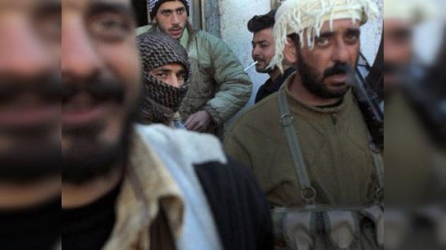Siria confirma que la oposición usa armas israelíes