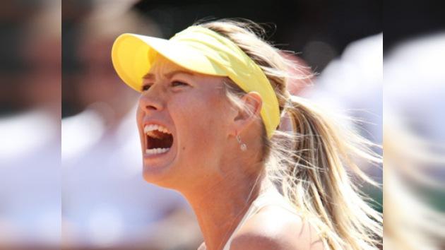 Maria Sharápova  se mete en los octavos de final de Wimbledon