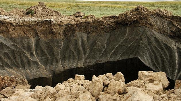 Científicos explican cómo se formaron los fosos gigantes en Siberia