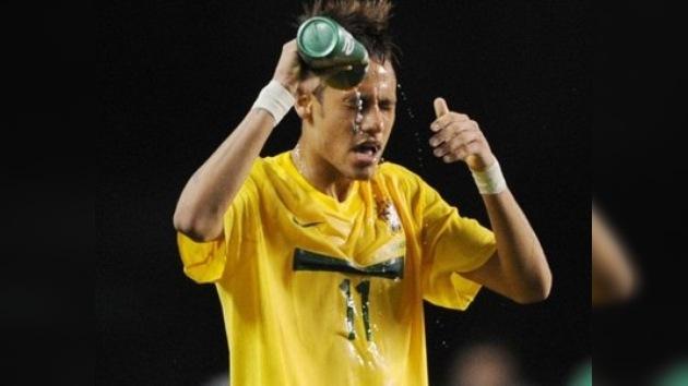 Insultos que cuestan: multan a Neymar por llamar 'ladrón' a un árbitro