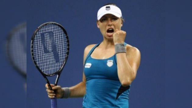 US Open: Zvonariova vence a Lisicki y alcanza los cuartos de final