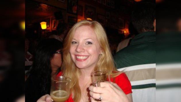 Una profesora pierde su trabajo por unas fotos con bebidas alcóholicas